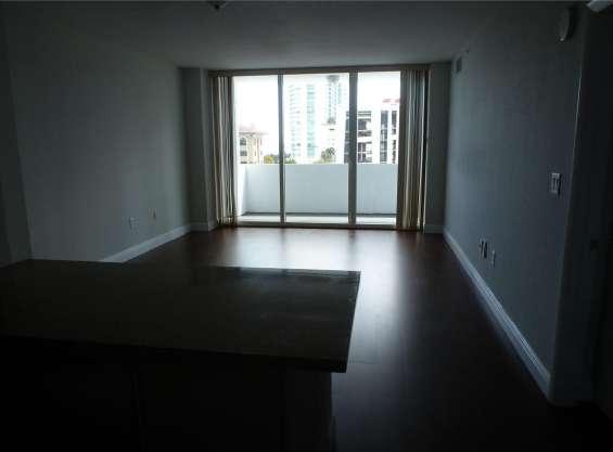 Fotos de Departamento de 1 dormitorio y 1 baño en edgewater, miami 4