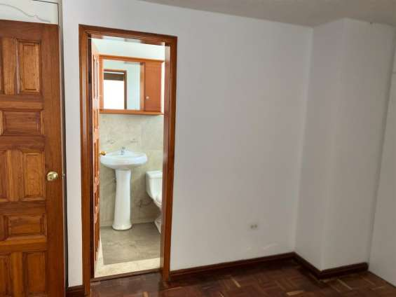 3 bedroom with bathroom