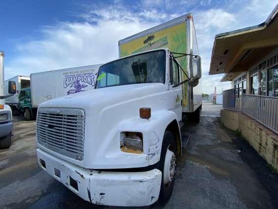 1997 freightliner fl 70 26ft dry box stock 1695