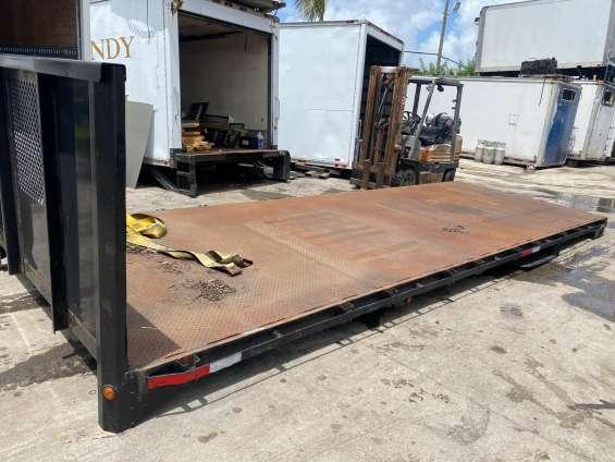 22ft flatbed trucks iron