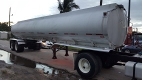 Heil tank for truck stock 2300